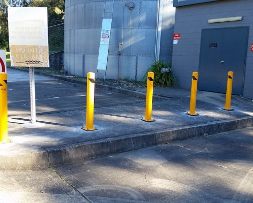 EV301 Verge bollard. carpark safety.