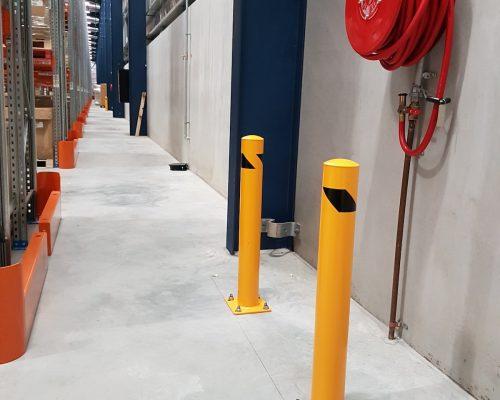 EV301 Verge safety barriers. Verge bollards. Asset and building protection. forklift safety. MEDLINE. prevents damage