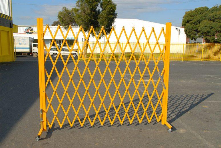 GV503 – 4M Expandable Barrier