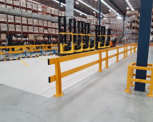 Verge safety barriers. Forklift charging station. MEDLINE. column protector