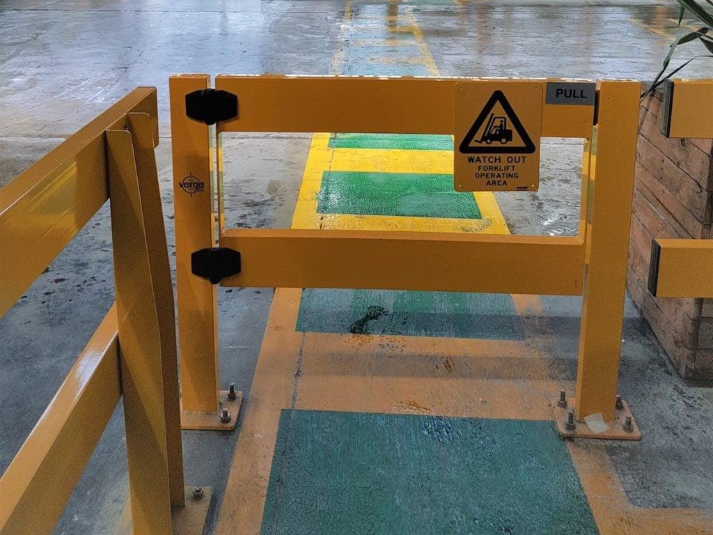 USG-Boral- Verge-Safety-Barrier.-Verge-swing-gate-4-2