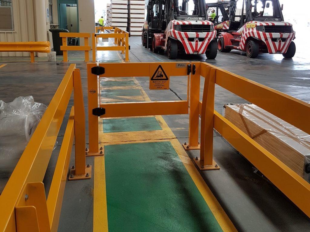 USG-Boral-Verge-Safety-Barrier.-Verge-swing-gate.-FORKLIFT-SAFETY