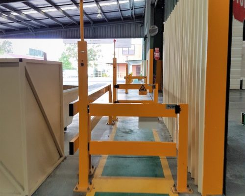 vivid gate, Warehouse safety barriers, forklift safety barriers, mezzanine pallet gates