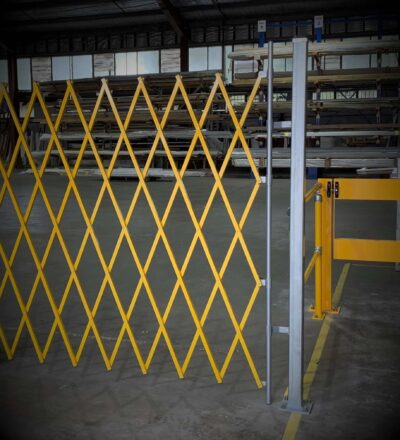 GV510 – Expandable Barrier Mounting Post