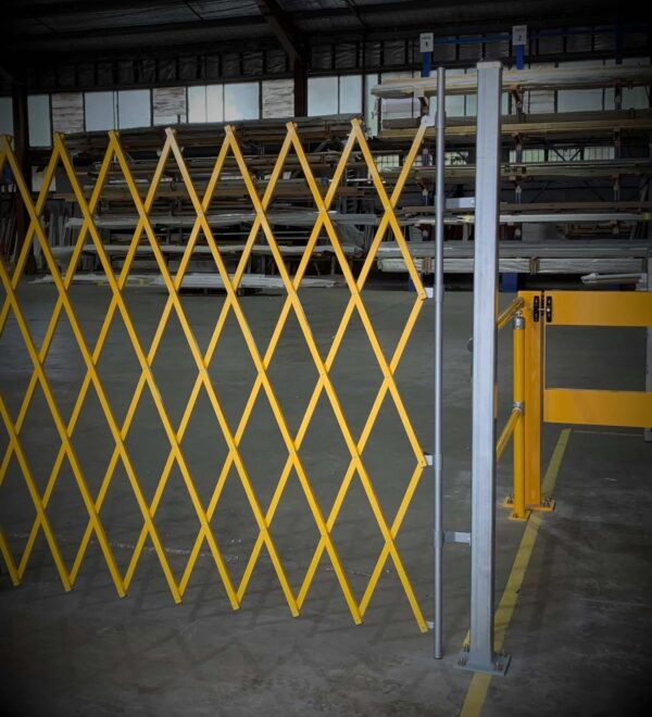 GV510 - Expandable Barrier Mounting Post -
