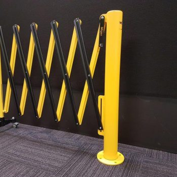 rotating expandable barrier