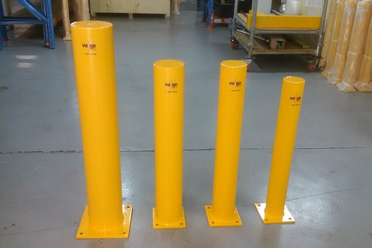 verge safety bollards